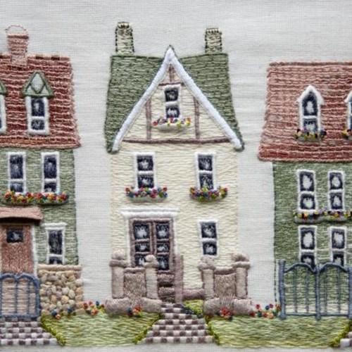 Weekendbroderi - broderede huse