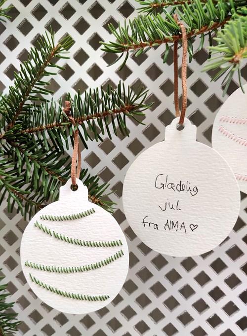 Juleworkshop - Broderi på papir kl. 12:15 - 15:00